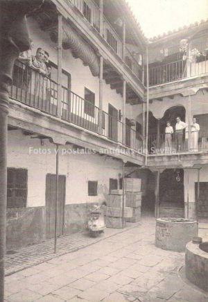 Corral De Los Gallegos, Calle Oropesa , 6