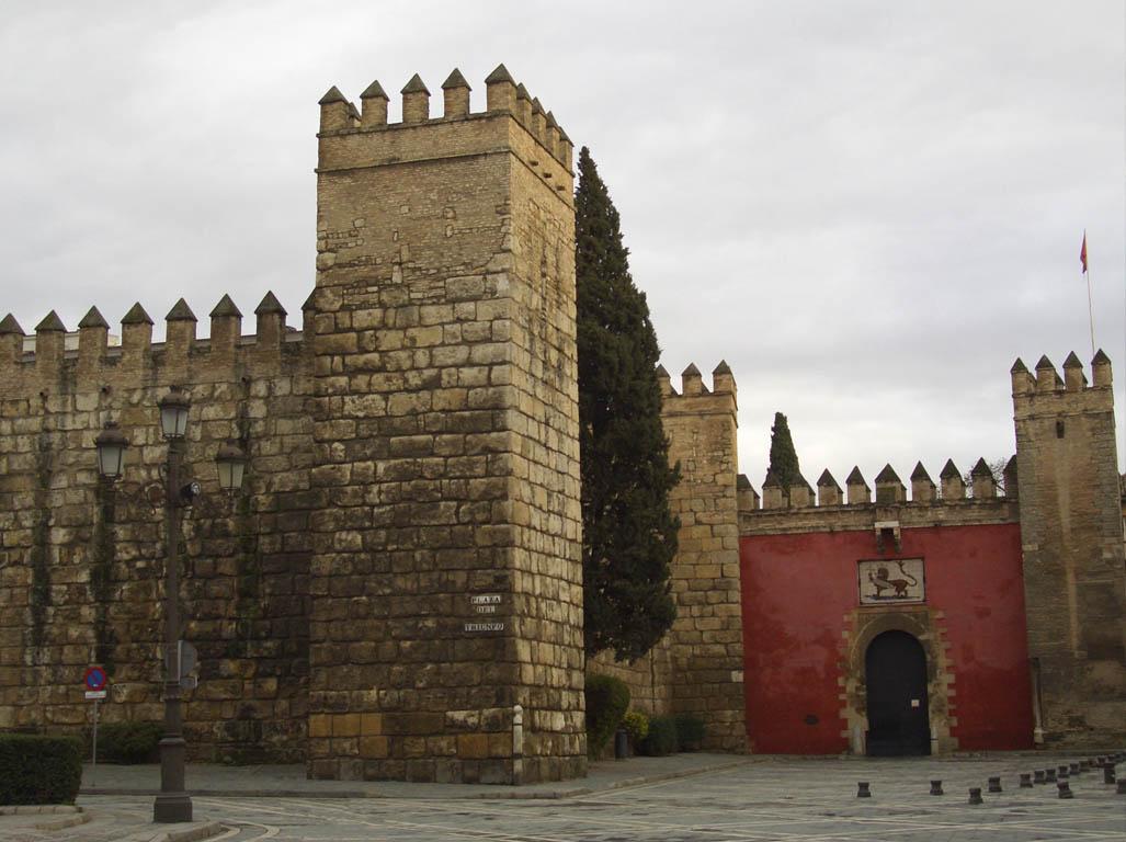 Reales Alzcázares